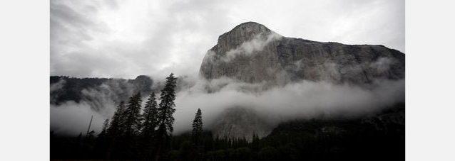 2010年10月3日、午前7時55分のエル・キャピタン。Photo: ©Dave N. Campbell