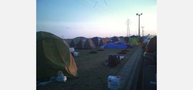 ボランティアのテント村、石巻市。写真:パタゴニア日本支社