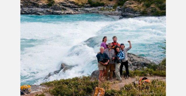 「川をダムから救う」チームのメンバーたち。Photo: ©James Q Martin