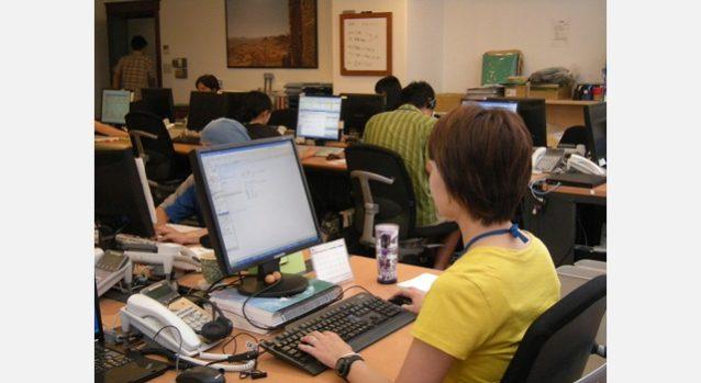 コールセンターではリーダーとして主にスタッフを取りまとめる職務にあたっている。写真:パタゴニア日本支社