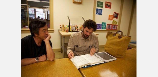 ダン・マロイに遭遇! お隣はマーケティングディレクターの藤倉氏。写真:屋良 竜市