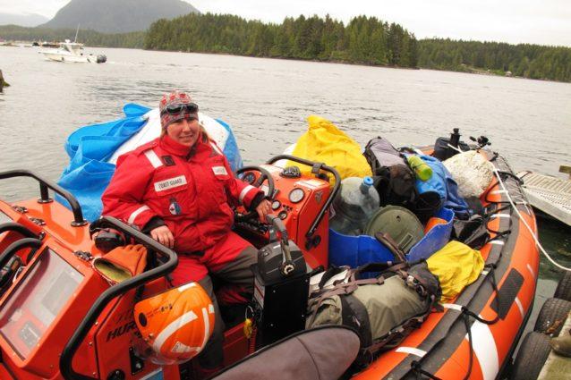 このプロジェクトの成功はおもに水先案内をしてくれた我慢強い沿岸警備隊のおかげ。Photo: Malcolm Johnson