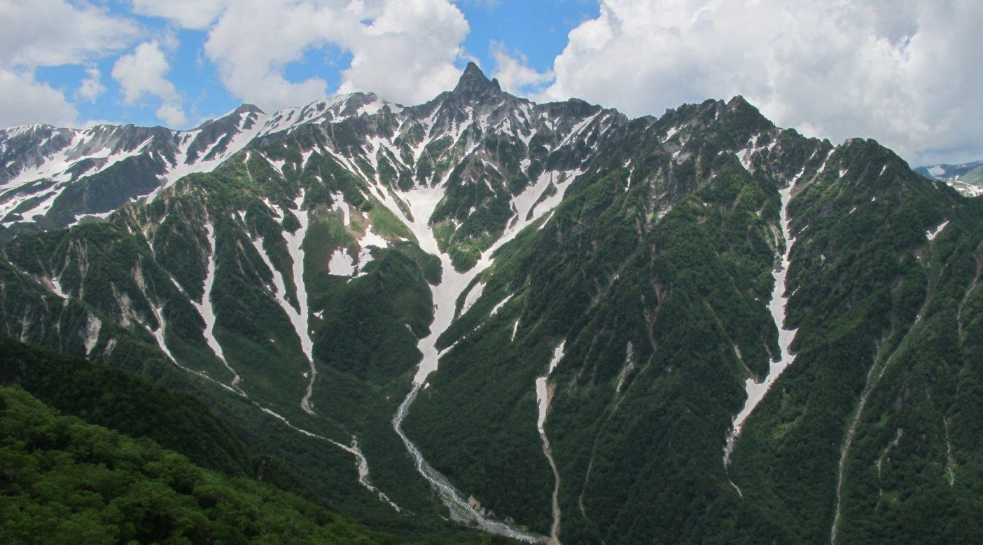 北アルプスの象徴、多くの人が憧れる槍ヶ岳。写真:高橋庄太郎