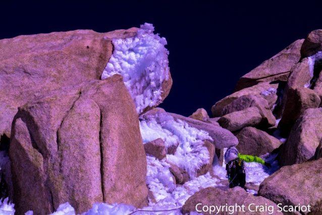 フィッツ・ロイ山頂直下のケリー。Photo: Craig Scariot