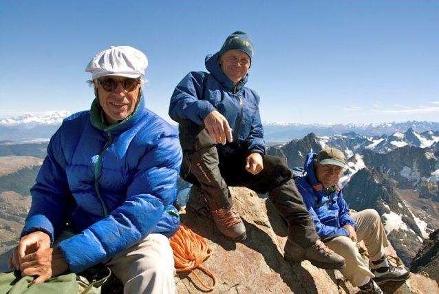 映画『180° South』撮影中のダグ・トンプキンス、リック・リッジウェイとイヴォン・シュイナード。Photo: Jeff Johnson