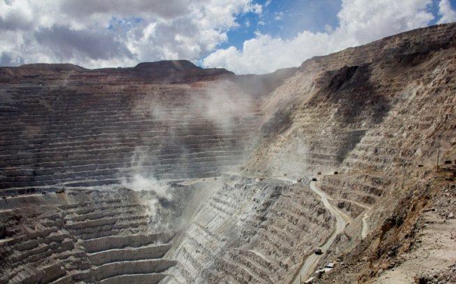 チュキカタマまたは「チュキ」は、チリ北部にある世界最大の露天掘りの銅山。Photo:James Q Martin