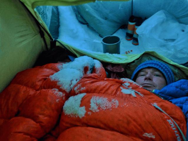 冬眠しながら好天を願う。Photo: Marko Prezelj