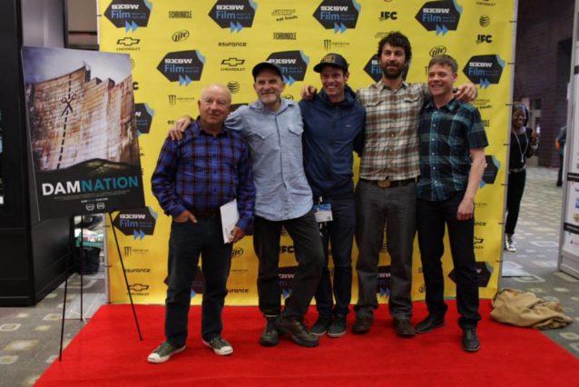 イヴォン・シュイナードと『ダムネーション』のクルー。SXSWのレッドカーペットにて。Photo: Nate Ptacek