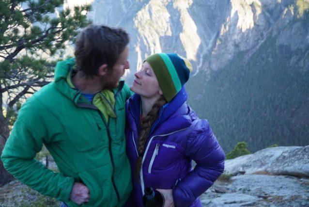 夢のプロジェクトを完成させた直後のコールドウェル夫妻の特別な瞬間。Photo: Chris Burkard