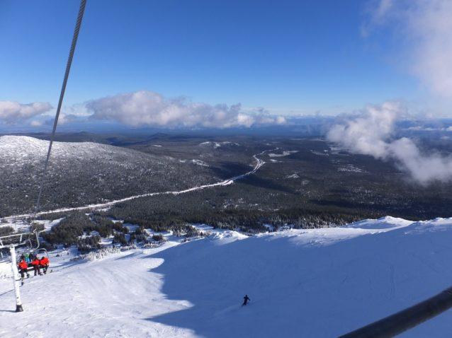 トップリフトからの眺め。写真:辰己 博実