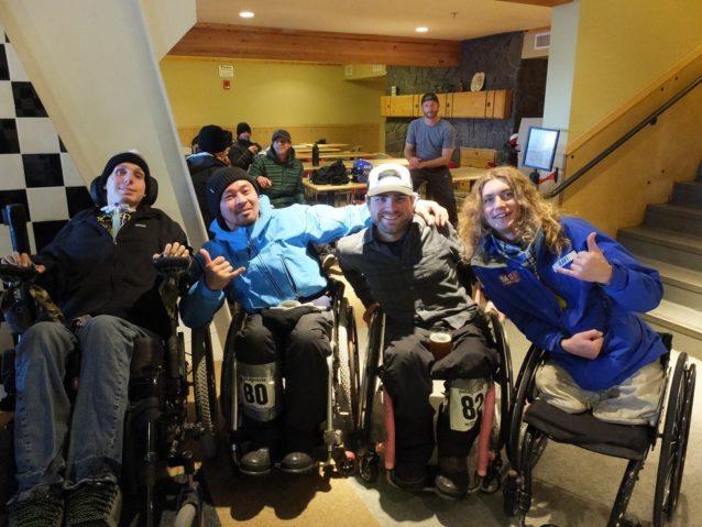 左からタイラー、僕、ゲイヴ、ラヴィ。写真:辰己 博実