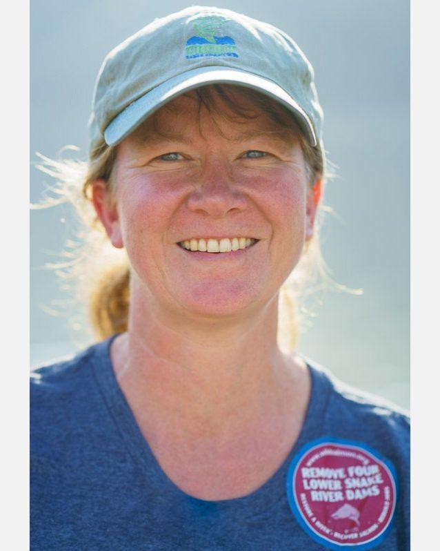 〈セーブ・アワ・ワイルド・サーモン〉のサム・メイスはスネークおよびコロンビア・リバー流域に持続可能な野生のサーモンを回復させる10年に渡る戦いを繰り広げている。Photo: Ben Moon