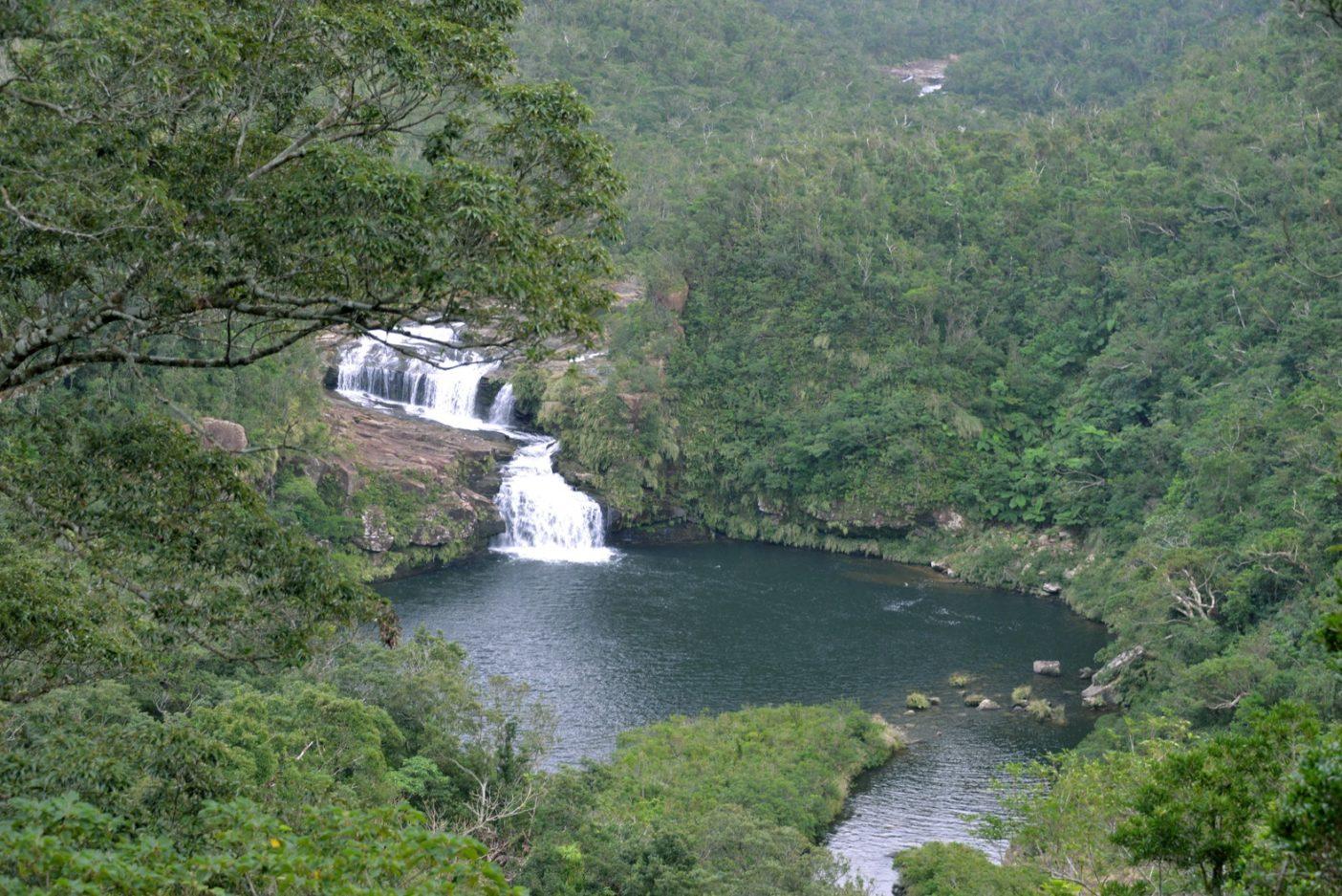 マリウドは「丸い淀み」という意味のとおり、丸い滝壺がポッカリと口を広げている。写真:中根 淳一