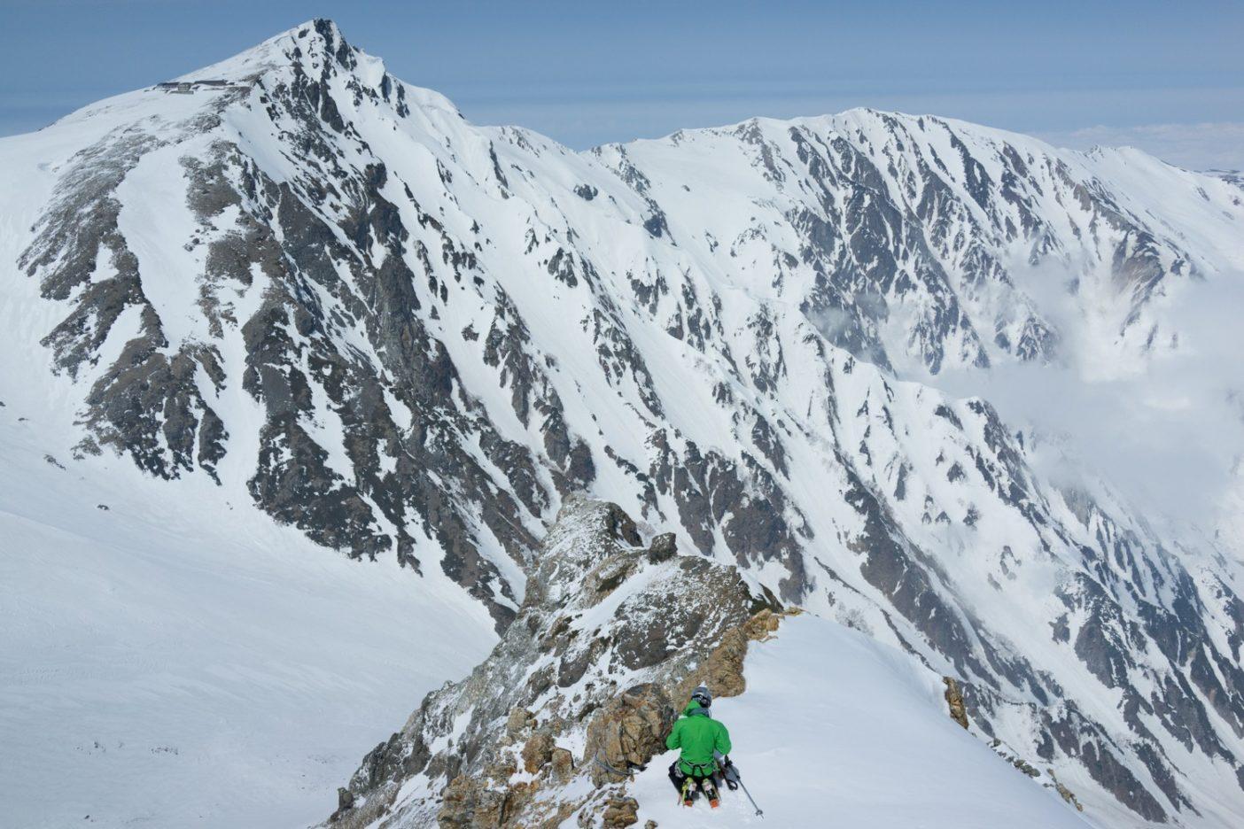 杓子岳より白馬岳小蓮華山。写真:松岡祥子