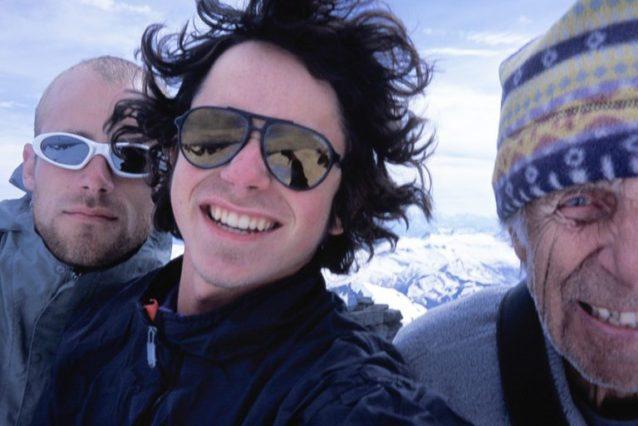 2003年7月マウント・アダマントの頂上でのふたり。セルキーク・マウンテンズ、ブリテッシュ・コロンビア  Photo: Colin Haley