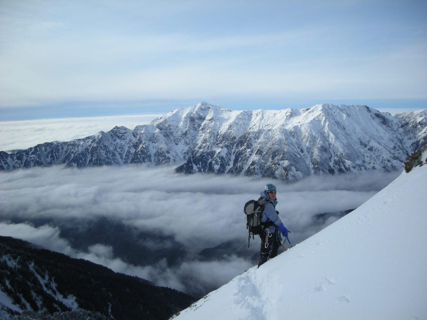 北アルプス飛騨尾根。2009年12月 写真:鈴木啓紀