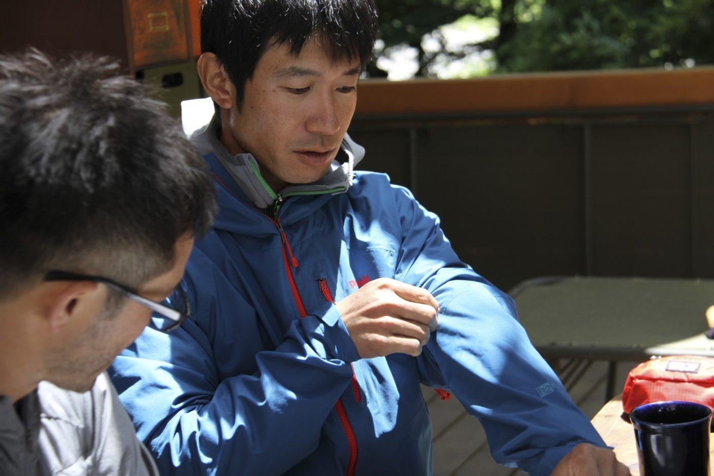 雨のために作られたウェア、クラウド・リッジ・ジャケット&パンツ:日本の山から着想を得て