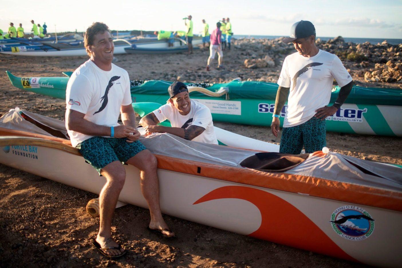 「僕らはふざけてばかりいるけど」と語るウィルキンソン。「その笑顔にはだまされない方がいい。オレンジ色のカヌーが近くに見えたら、戦いの覚悟が必要だぜ」 Photo: Tim Davis