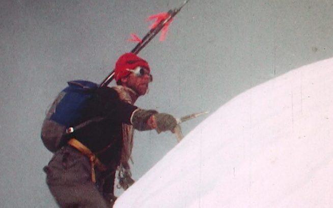 『ダートバッグ:フレッド・ベッキーの伝説』からのスクリーンショット Photo: Fred Beckey Collection