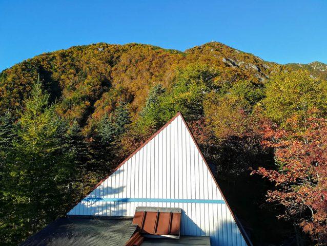 秋の七丈小屋