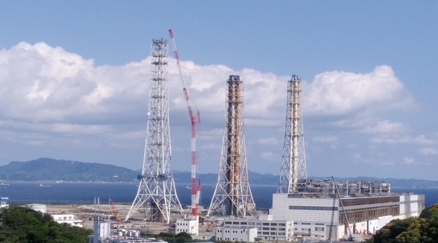 横須賀の火力発電所建設予定地。これまで石油火力だった発電設備を解体して、石炭火力を新設する計画。写真:桃井貴子