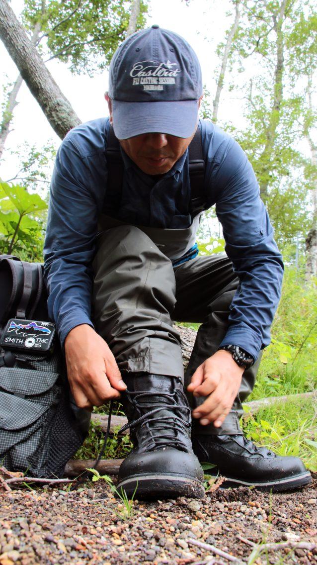 ワンシーズン使用した私のブーツは使うほどに足に馴染んで、よい「味」に育っている。 写真:中根淳一