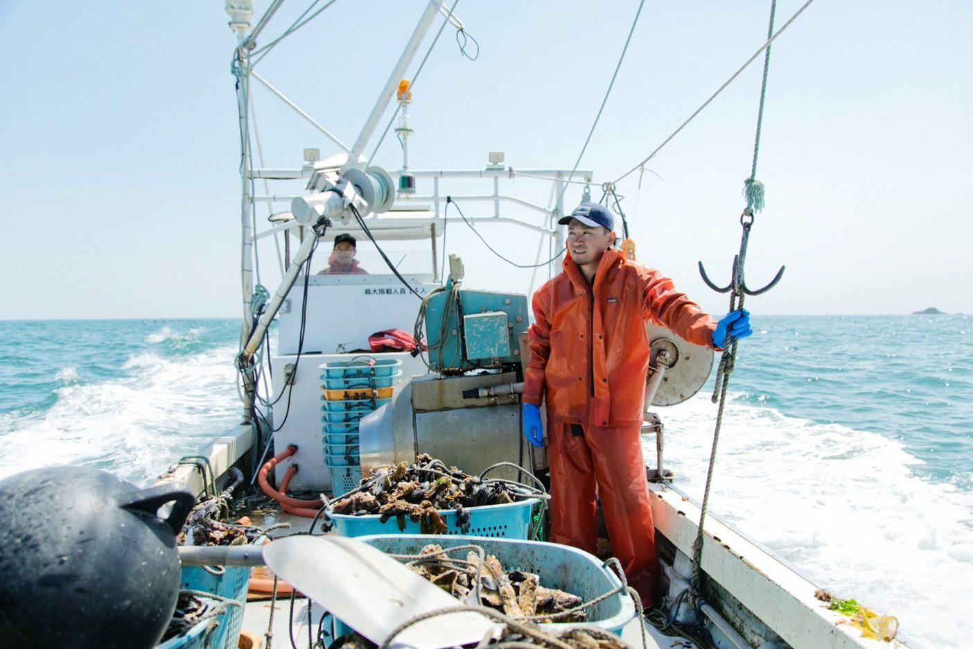 沖合で暖流の黒潮と寒流の親潮がぶつかり合い、世界有数の漁場を形成する志津川湾。後藤さんたちの願いはいつまでもこの自然環境を守り抜くことだ。写真:五十嵐 一晴