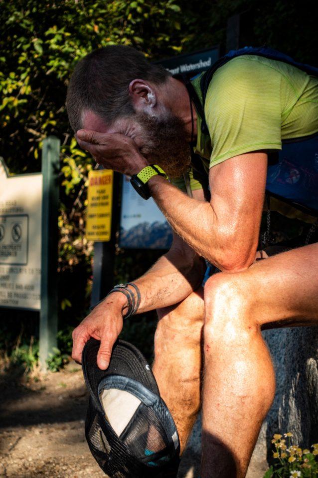 このルートを完走した直後のルーク・ネルソン。「長年の準備と何か月もの努力の集大成が山で実現した、素晴らしい1日だった。感無量で、至福に満たされた」 Photo:Drew Petersen