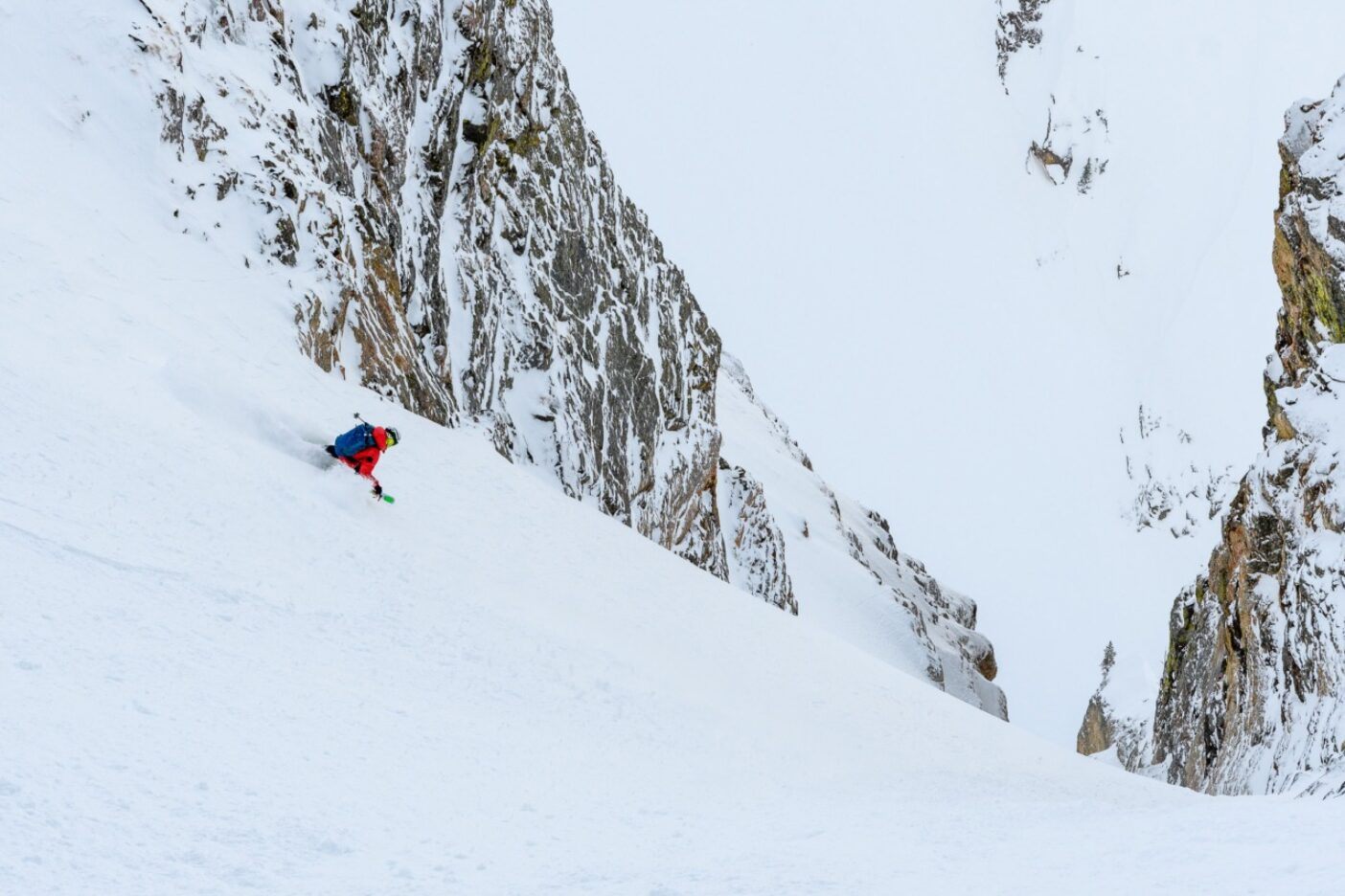 人生はグランド(壮大)だろう? 「ザ・パーク」を滑走するザハン・ビリモリア。ワイオミング州グランド・ティトン国立公園 Photo:Fredrik Marmsater