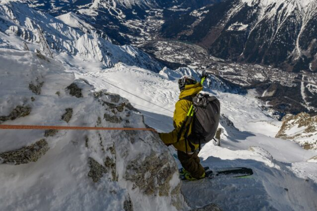 すべての原点であるアルプスにて。ザハンはスイスで育ち、父親の山への愛に感銘を受けた。フランス、シャモニーのグレイシャー・ロンドを滑る。Photo:Fredrik Marmsater