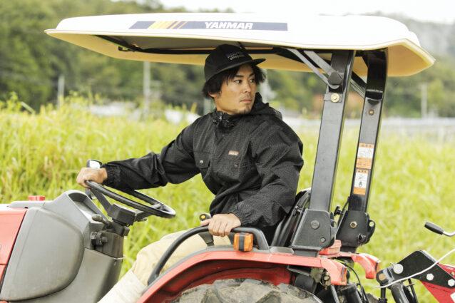 就農3年目の黒葛さん。種苗会社に在籍して全国の産地を巡っていたが、よりチャレンジングで面白い農業を追求したいと「坪口農事未来研究所」へ。写真:五十嵐 一晴