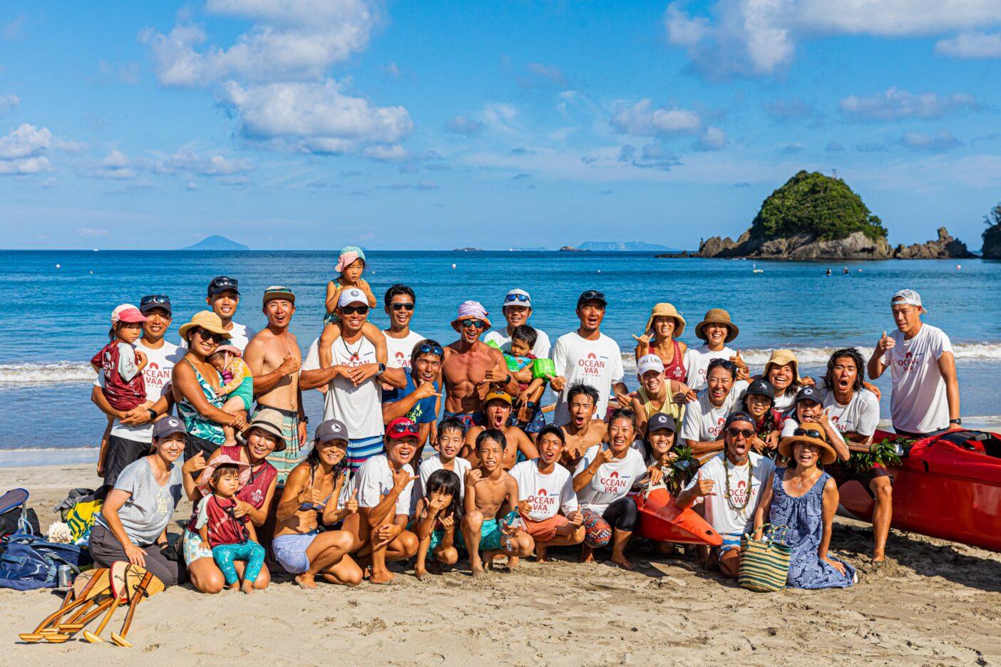 大海原に暮らすohana ka wa'a(カヌー家族)。航海は冒険ではなく、心の糧であり、日々の営み。Photo:Sayoko Suzuki